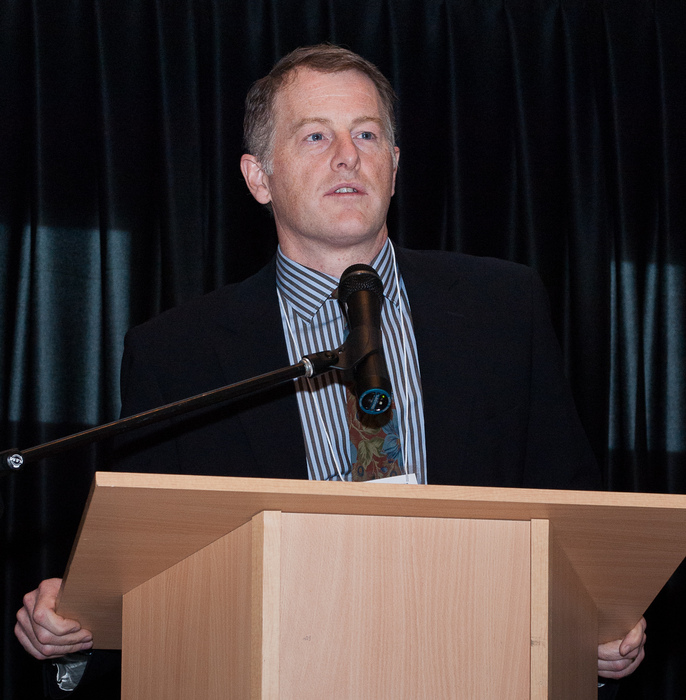 A speaker at the 2014 Brain Health Research Day.
