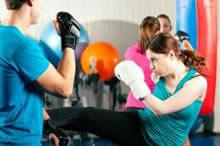woman doing Tae cardio