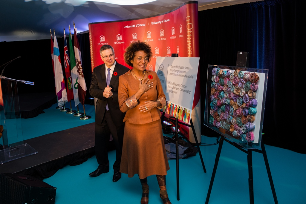 Michaëlle Jean at the centre of attention during the announcement of the renaming of the CGCE.