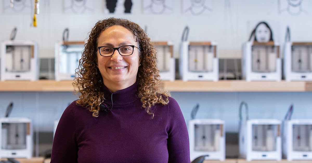 Portrait of Hanan Anis in the Makerspace lab.