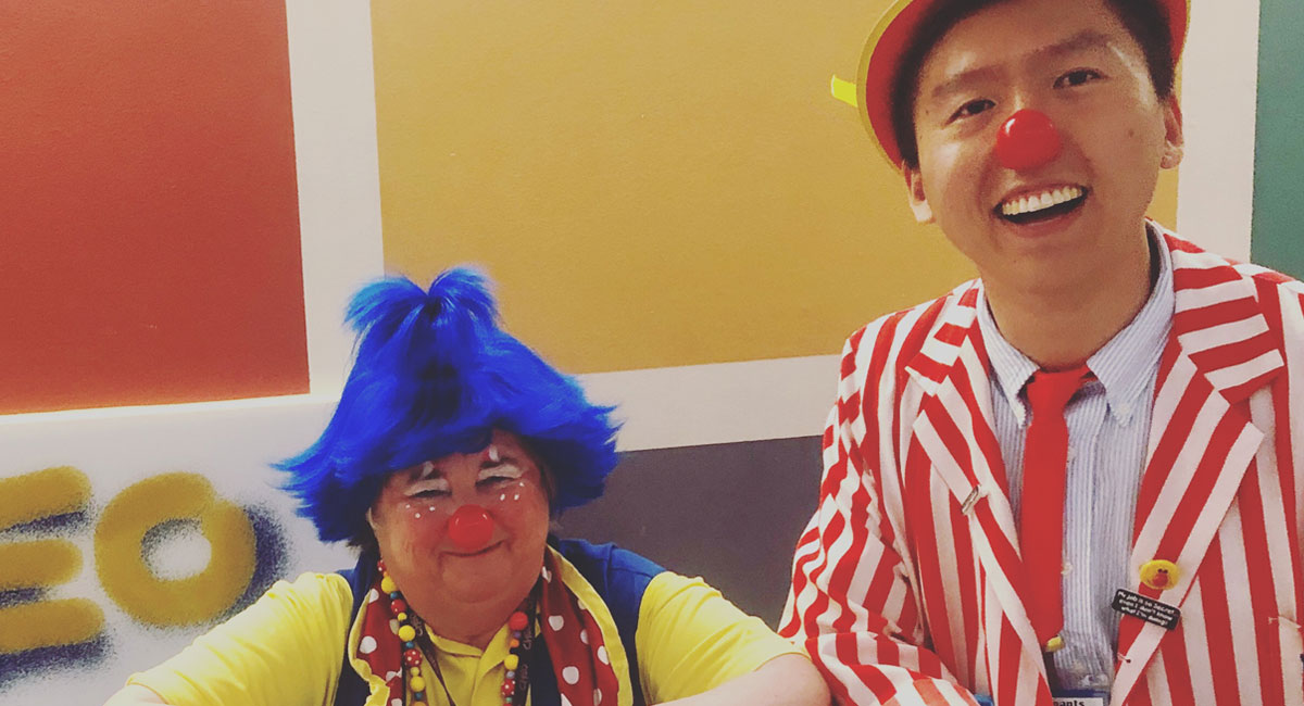 Yipeng Ge apprenticing with therapeutic clown Mollypenny at CHEO.