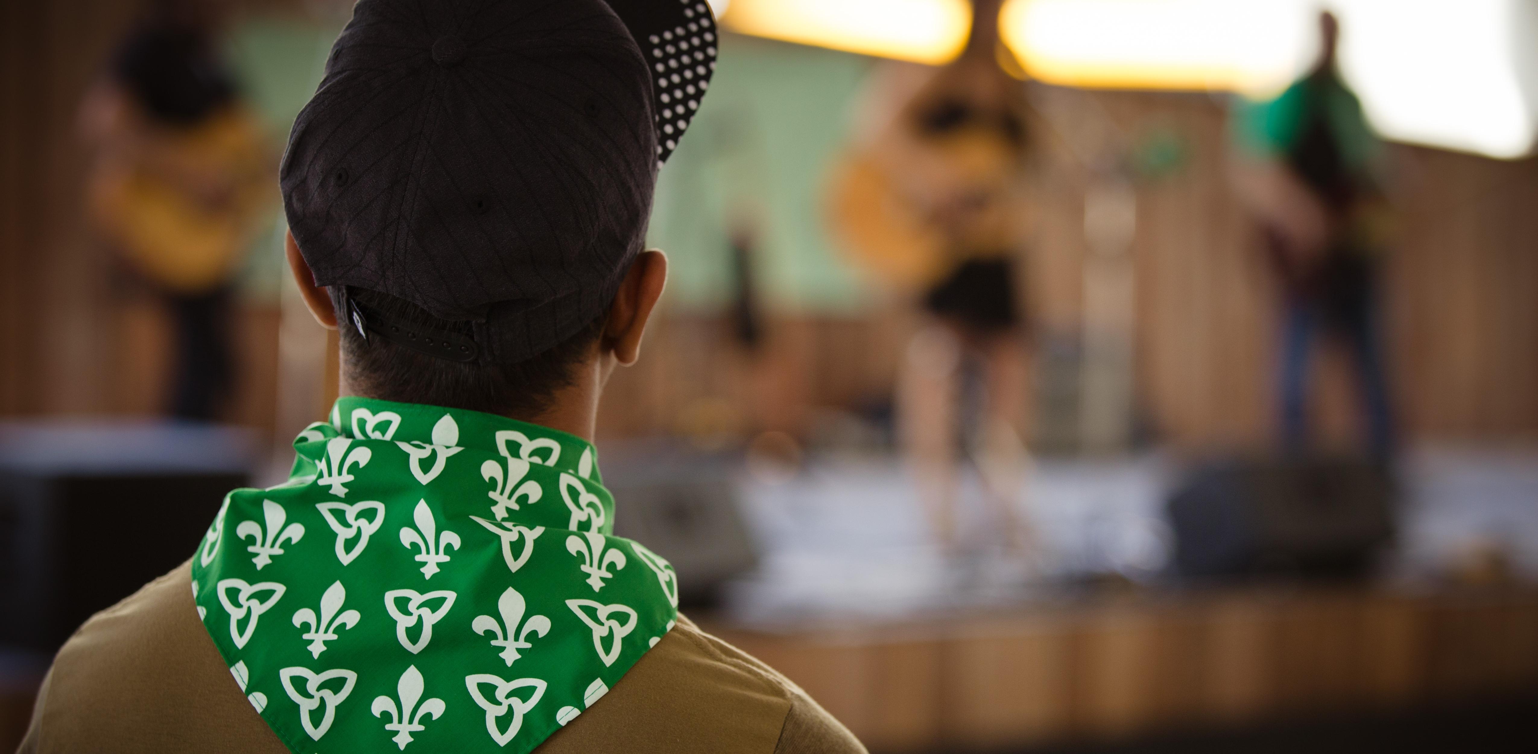 Spectateur à un concert le jour des Franco-Ontarien.ne.s