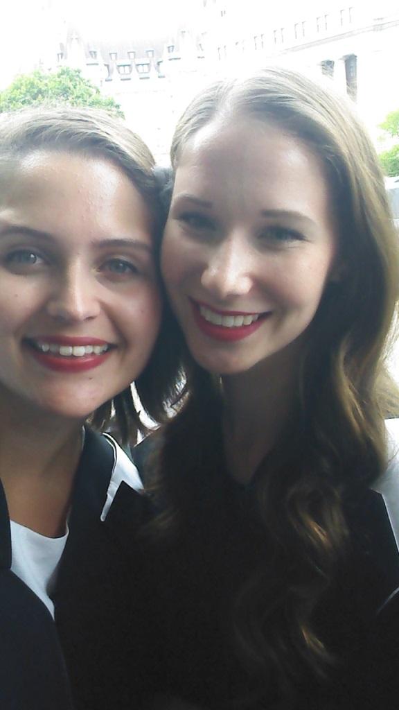 Lucy Ellis and friend Katie, English litterature graduate