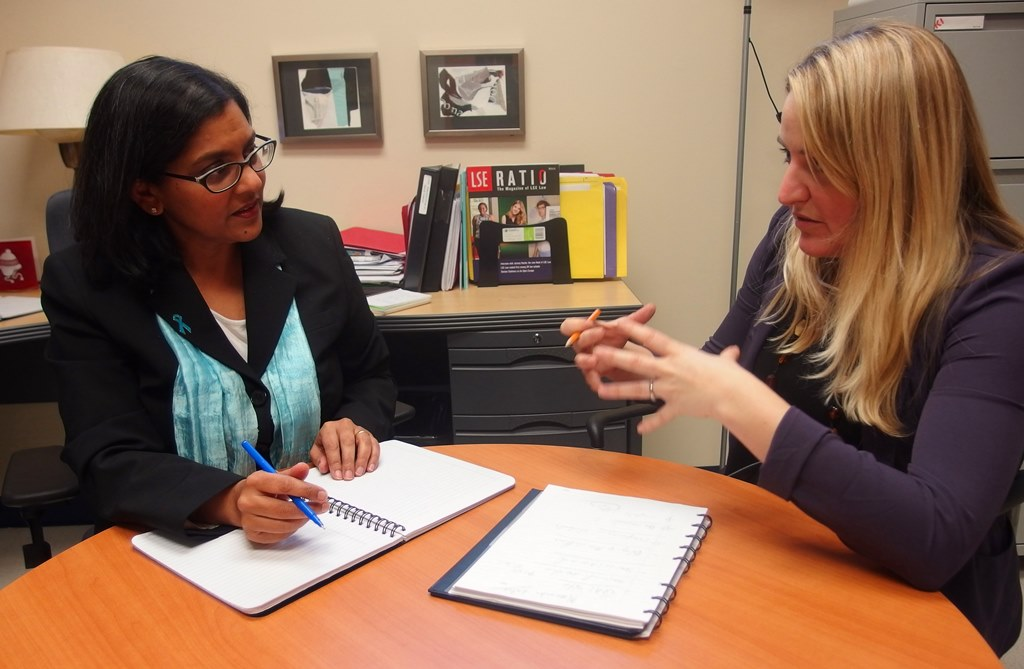 Sonya Nigam in a meeting with Marie-Claude Gagnon, coordinator of web accessibility