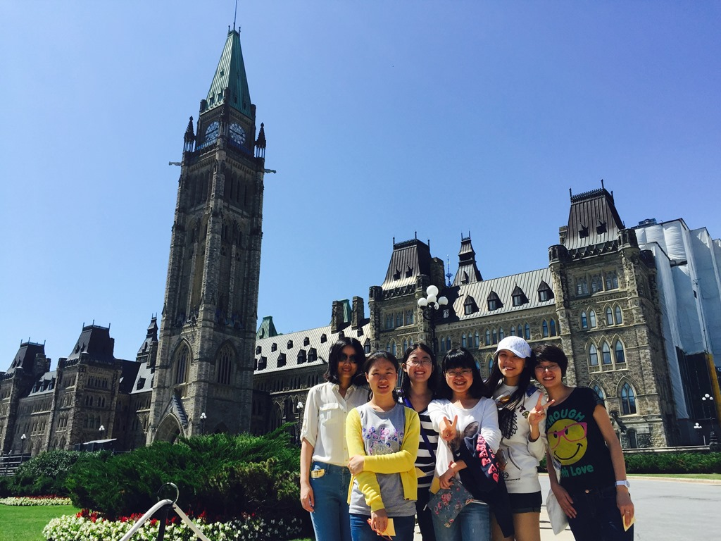 Six of the eight CETIP Summer Program participants in front of the Canadian parliament