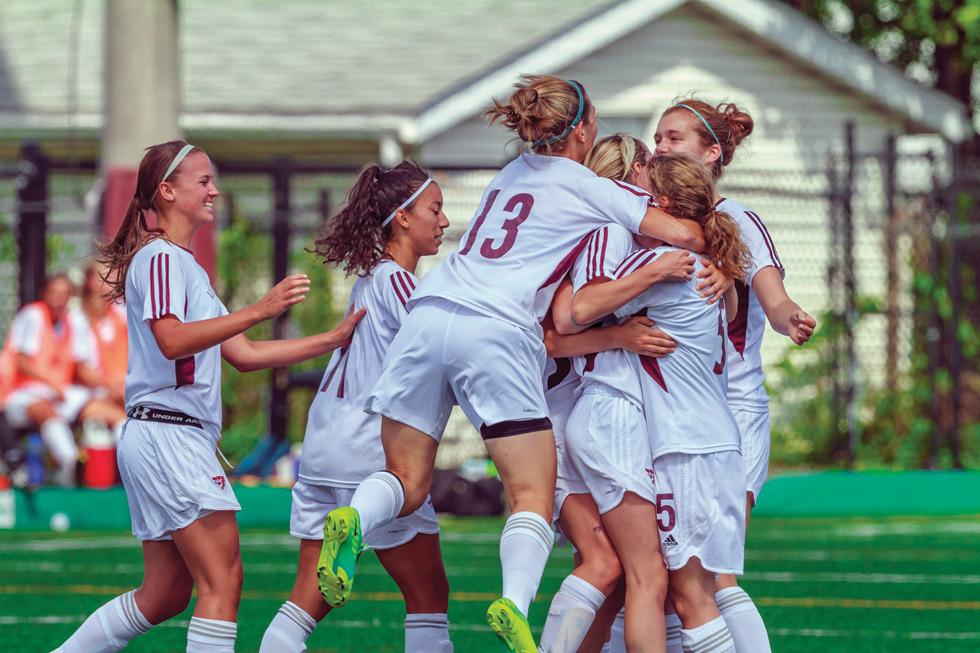 Gee-Gees women's soccer team in 2013.