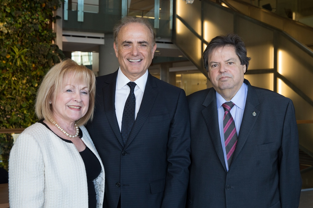 Attorney General of Ontario Madeleine Meilleur, Calin Rovinescu and the Honourable Mauril Bélanger, MP for Ottawa-Vanier