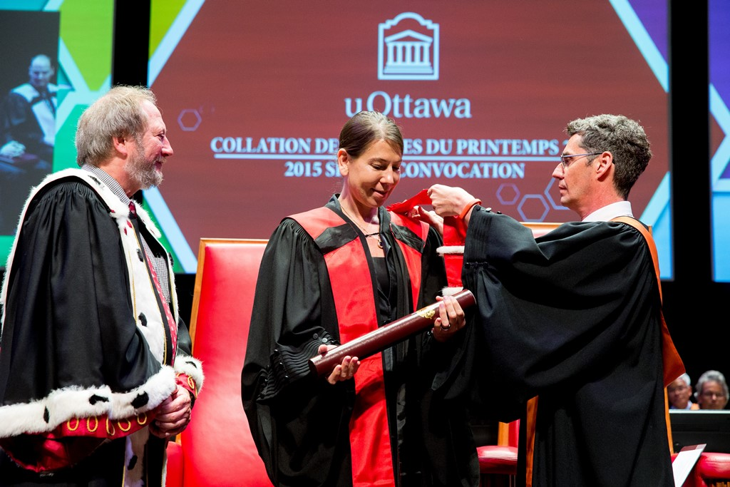 Sally Daub receives her honorary doctorate