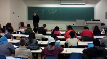 Prof. Sascha Maicher's critical thinking class.