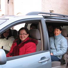 Photograph of one of uOttawa carpool groups, sitting in their vehicle
