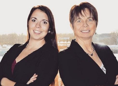 Melissa and Debbie Pinard
