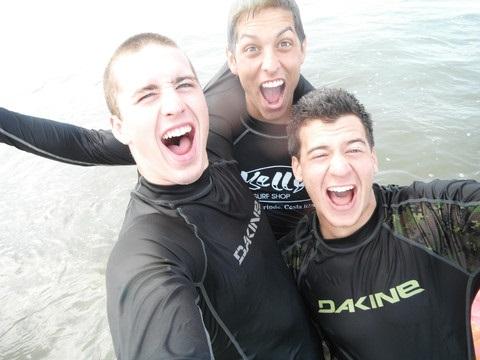 Pat Lalonde, André Bellerive et Marc Bjerring tout souriants dans leur combinaison de plongée.