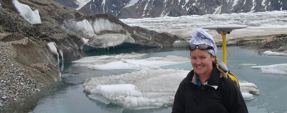 Norah Foy au glacier Kaskawulsh, au Yukon.