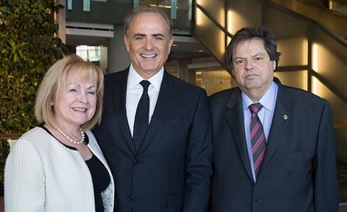 Attorney General of Ontario Madeleine Meilleur, Calin Rovinescu and the Honourable Mauril Bélanger, MP for Ottawa-Vanier.