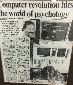 Photo tirée d'un article du Toronto Star le 24 février 1986, « Computer revolution hits the world of psychology » [La révolution informatique dans le monde de la psychologie].
